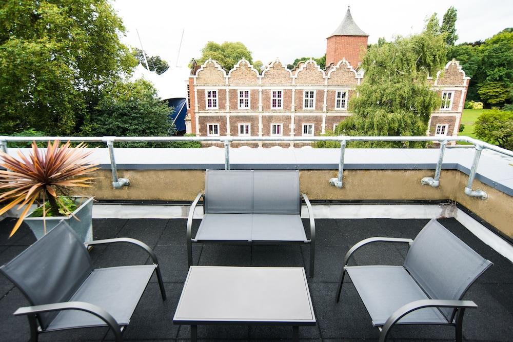 Prenota Safestay London Kensington Holland Park a Londra - Hotels.com