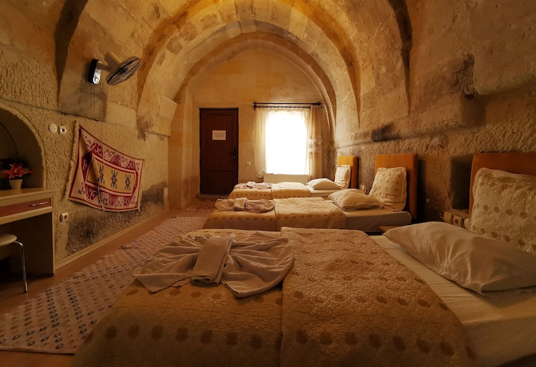 Falcon Cave Suites, Nevsehir, Suite (For 5), Guest Room
