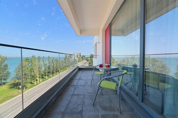 Picture of Tomis Garden Aparthotel in Constanta