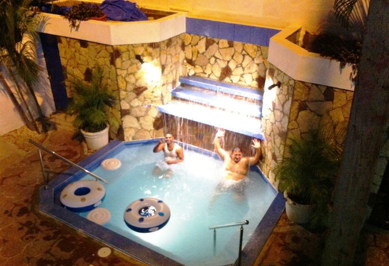 Hotel Caribe, Barahona, Piscina com Cascata