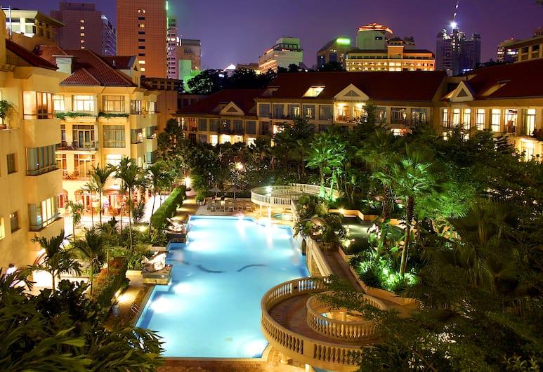 Treetops Executive Residences, Singapore, Outdoor Pool