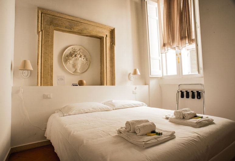 GuestLovers, Rome, Classic Triple Room, Annex Building (Specchi), Guest Room