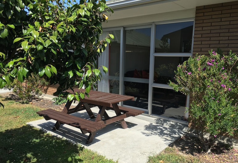 Coachman Motel, Christchurch, Two Bedroom Unit, Terrace/Patio
