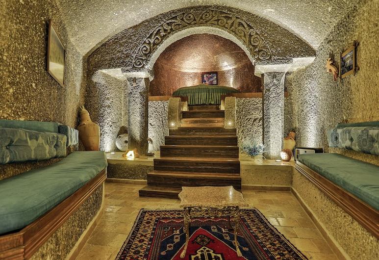 HIDDEN CAVE, Nevsehir, Honeymoon Suite, Jetted Tub, Guest Room