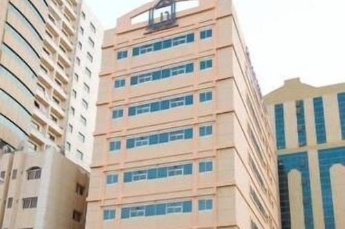 布爾季迪亞爾公寓酒店/