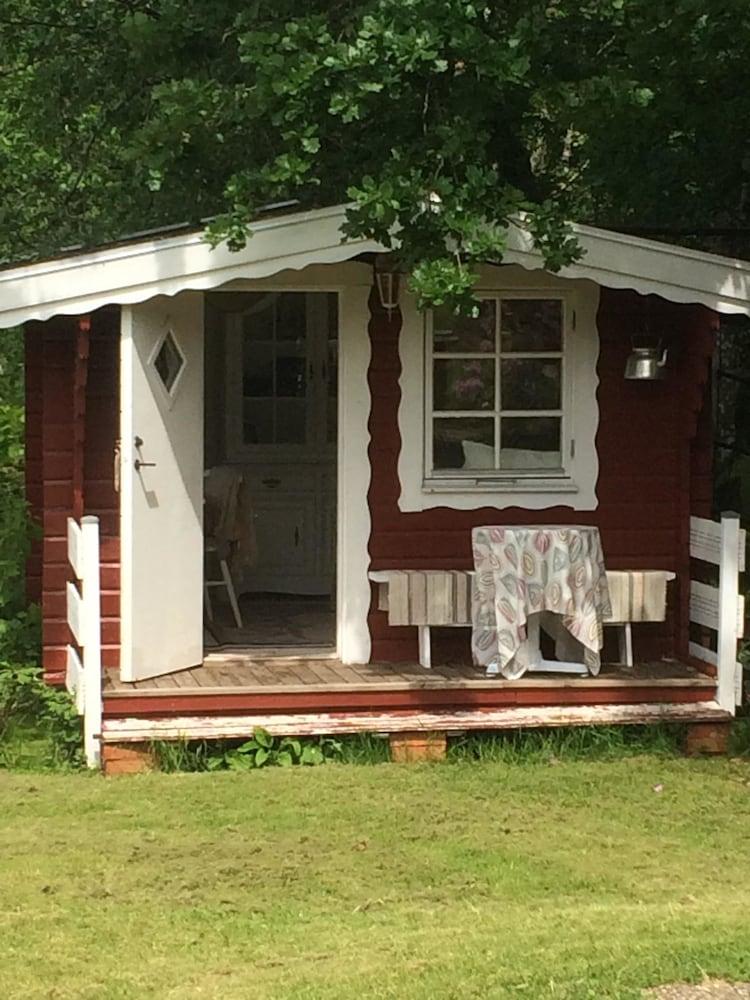 Swedish Idyll, Falkenberg, Garden Shed, Shared Bathroom , Terrace/Patio