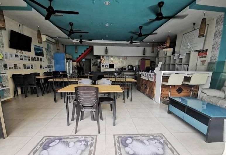 Halo Hostel, Kota Kinabalu, Living Area
