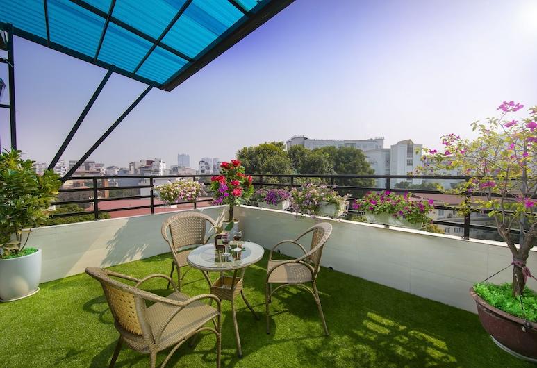 Hanoi Lotus Boutique Hotel, Hanoi, Obiteljski suite, balkon, pogled na grad (Terrace), Terasa/trijem