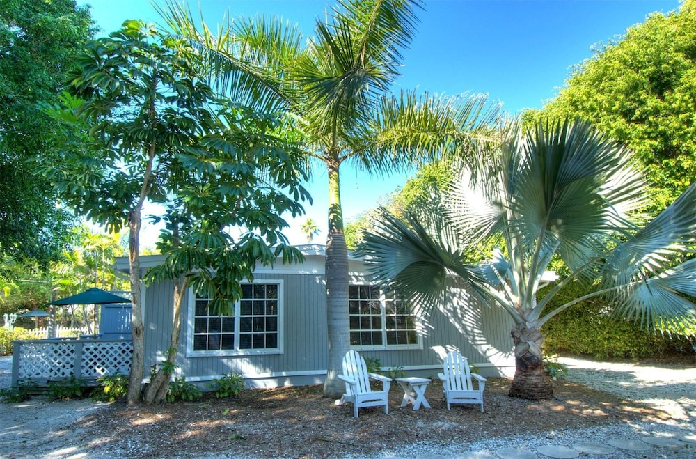 Seahorse Cottages On Sanibel S Only