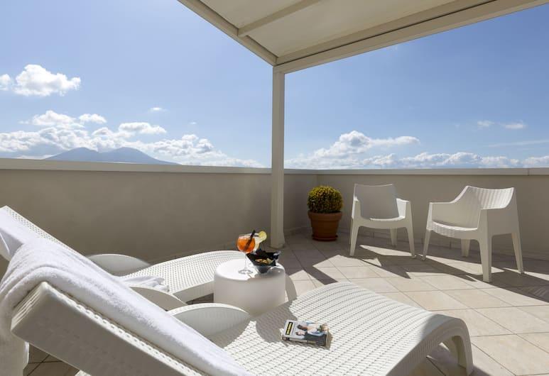 帕拉索薩爾加拿波里酒店, 那不勒斯, 普通套房, 露台