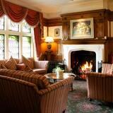 Izba s dvojlôžkom alebo oddelenými lôžkami (House Deluxe) - Obývacie priestory