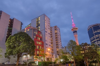 Picture of Ramada Suites Auckland, Federal Street in Auckland