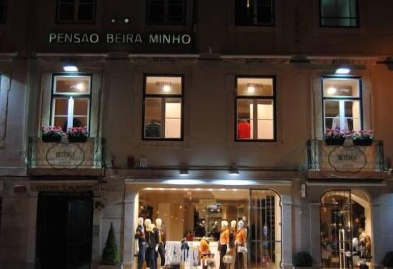 Pensão Beira Minho, Lizbona, Fasada hotelu — wieczorem/nocą