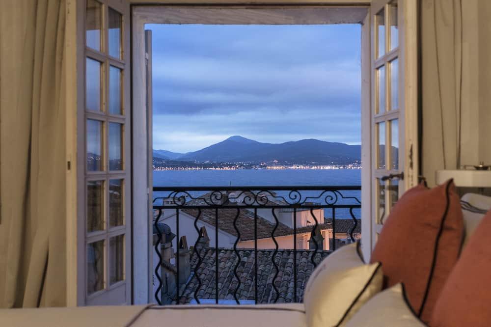 Deluxe Room - Balcony View