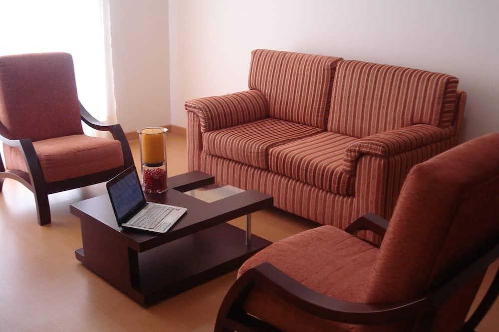 Double Apartment - Obývací prostor
