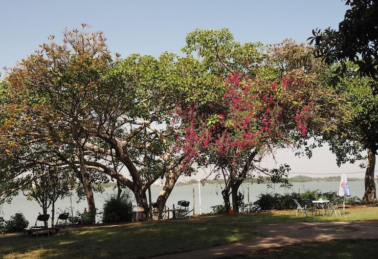Tana Hotel, Bahir Dar, Cour