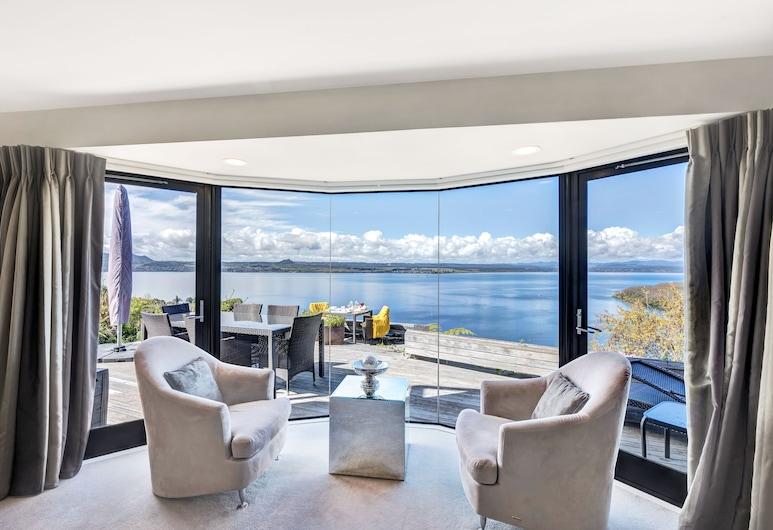 Serenity on Wakeman, Taupo, Executive Lounge