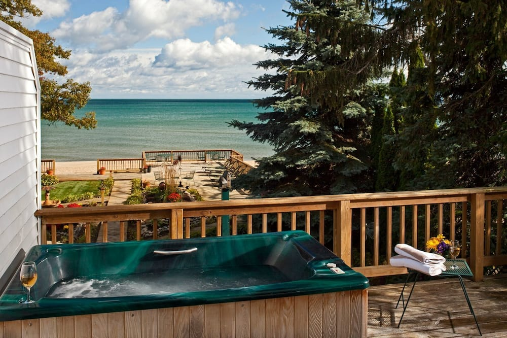 奢華套房, 按摩浴缸 (Iosco) - 室外 Spa 池