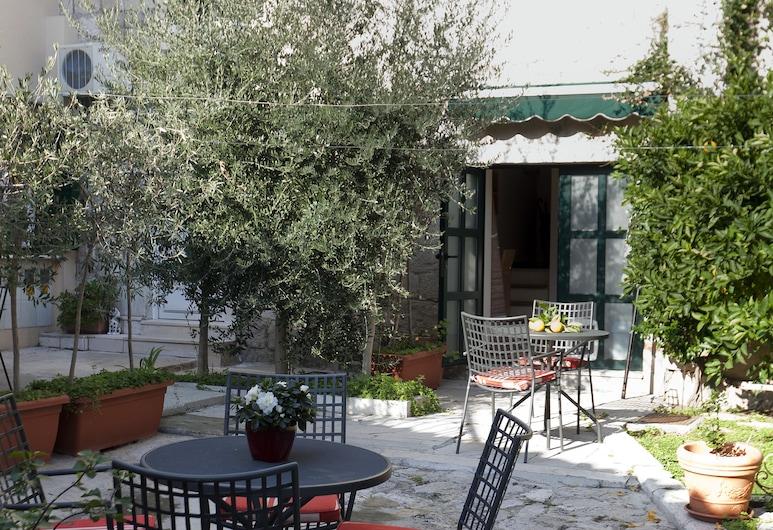 Zephyrus Boutique Accommodation, Split, Innenhof