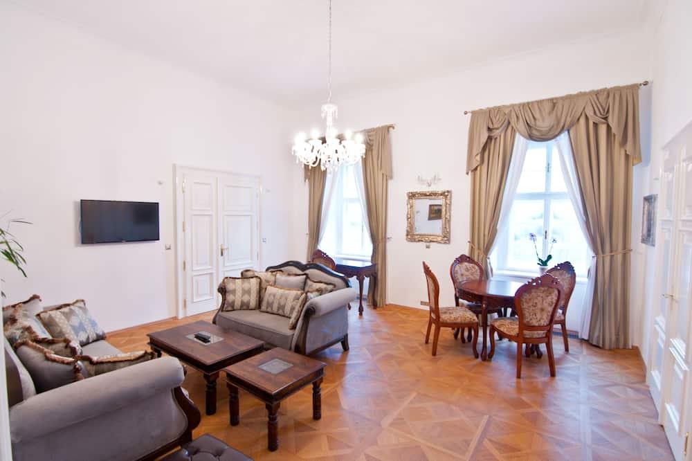 Luxury-Suite, 2Schlafzimmer, Verbindungszimmer, Gartenblick - Wohnzimmer