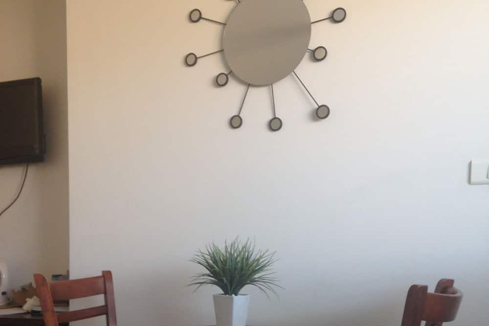 Standardværelse til 3 personer - flere senge - Spisning på værelset