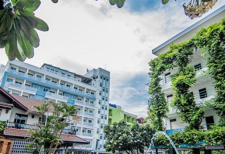 Sutus Court 5, Pattaya, Hồ bơi