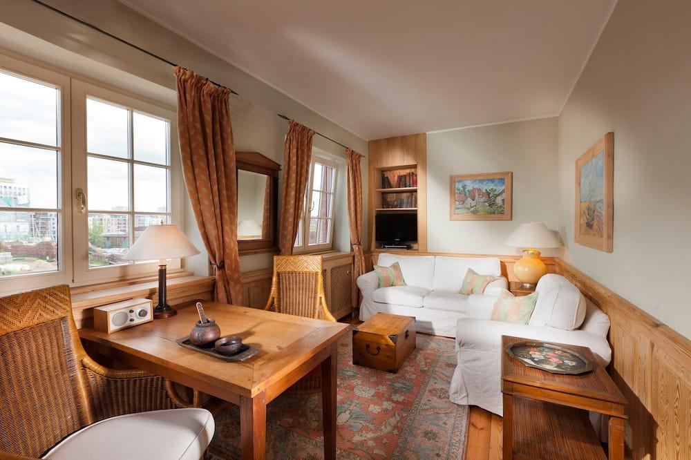 Apartment Van Gogh - ห้องนั่งเล่น