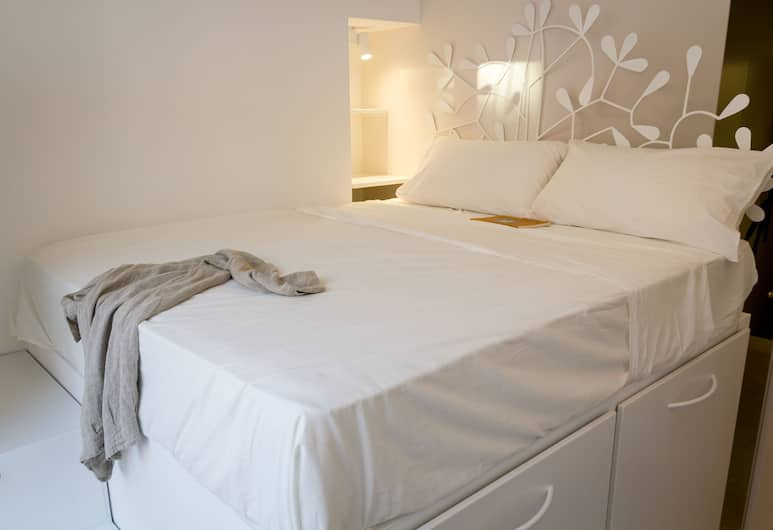 La Casa di Iulia, Rome, Basic Double Room, Guest Room