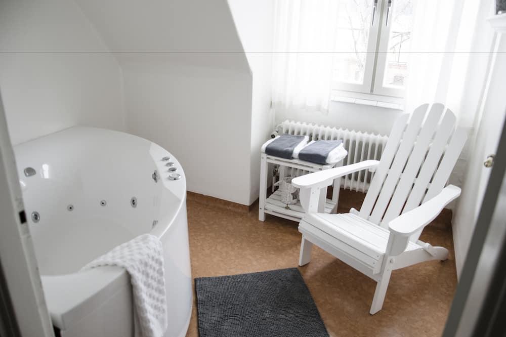 Четырехместный номер, 2 спальни, вид на канал - Ванная комната