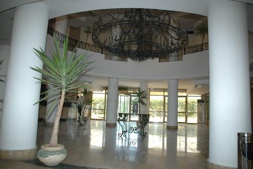 亞歷山卓市中心飯店/