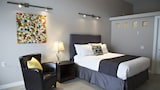 Reserve this hotel in Kenora, Ontario