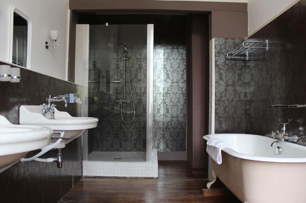 Kahden hengen huone, Näköala laaksoon (Valençay) - Kylpyhuone