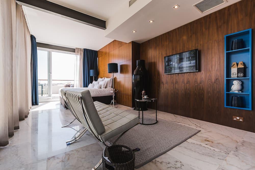 Двухместный номер с 1 двуспальной кроватью, вид на гавань (Grand Harbor Sky Villa) - Зона гостиной