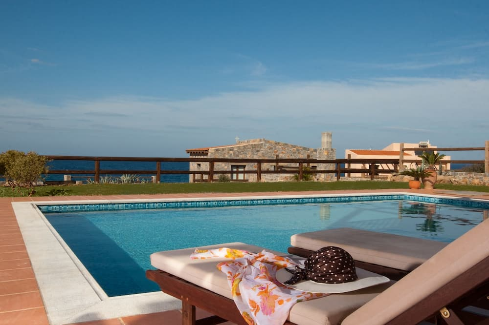 Villa, piscina privada (Meliti) - Imagen destacada