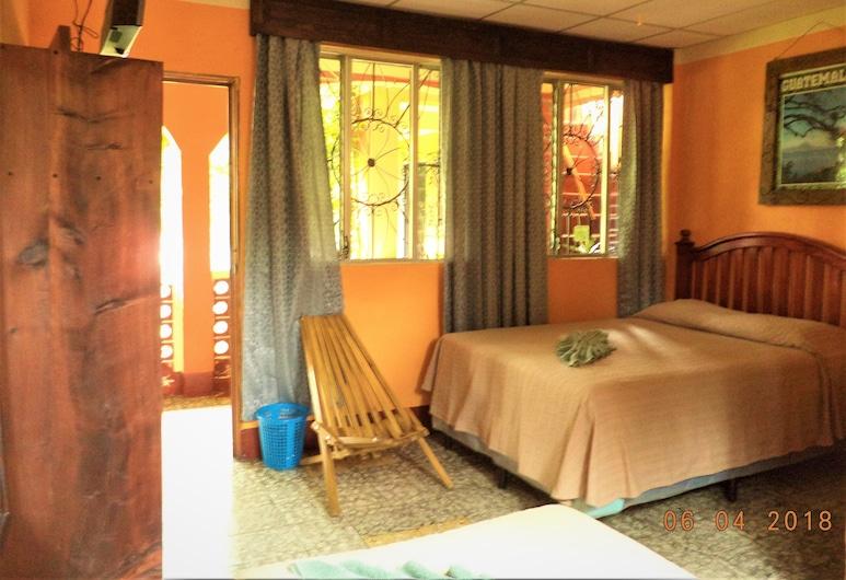 Hospedaje El Viajero, Panajachel, Standard Double Room, Guest Room