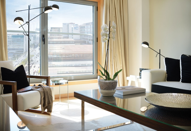 Panoramic Living, Lisbon, Panoramic Apartment, 1 Bedroom, Kitchen, City View, Living Room
