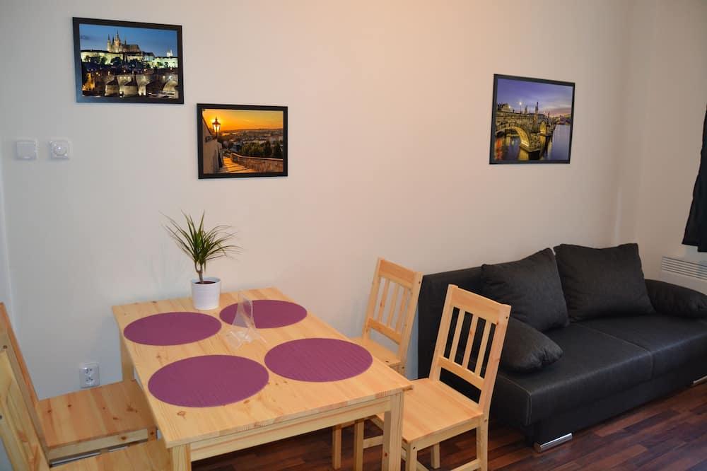 Departamento, 2 habitaciones, balcón - Servicio de comidas en la habitación