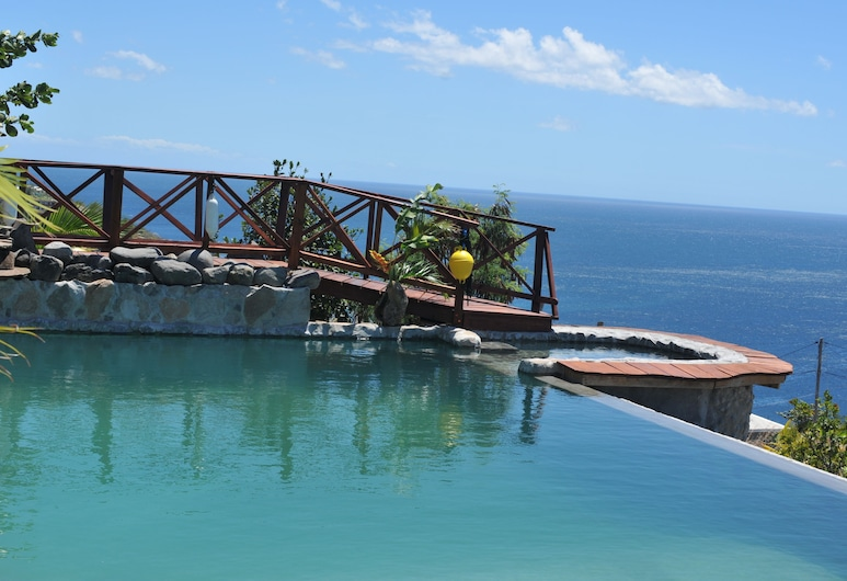 Mango Island Lodges, Sentdžozefa, Baseins