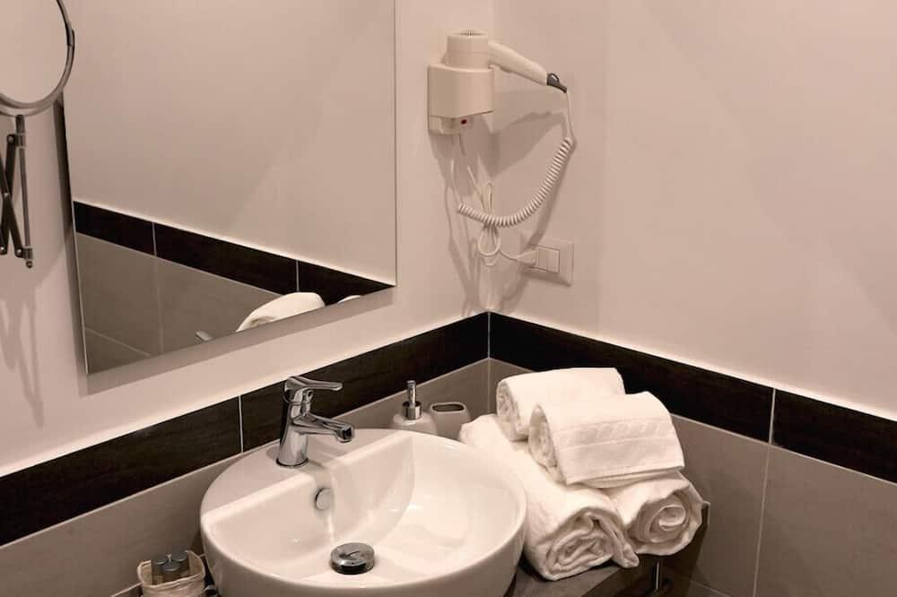 Suite Design - Lavabo de la salle de bain