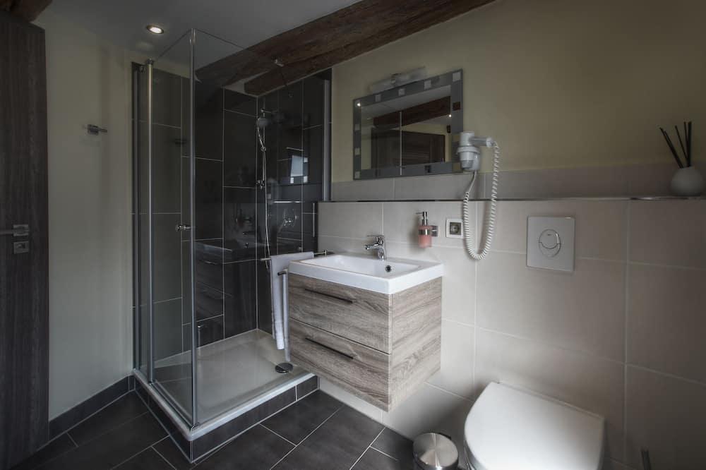 Comfort Double Room, 1 King Bed - Bathroom