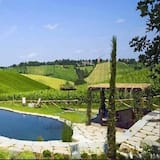 Looduslik bassein