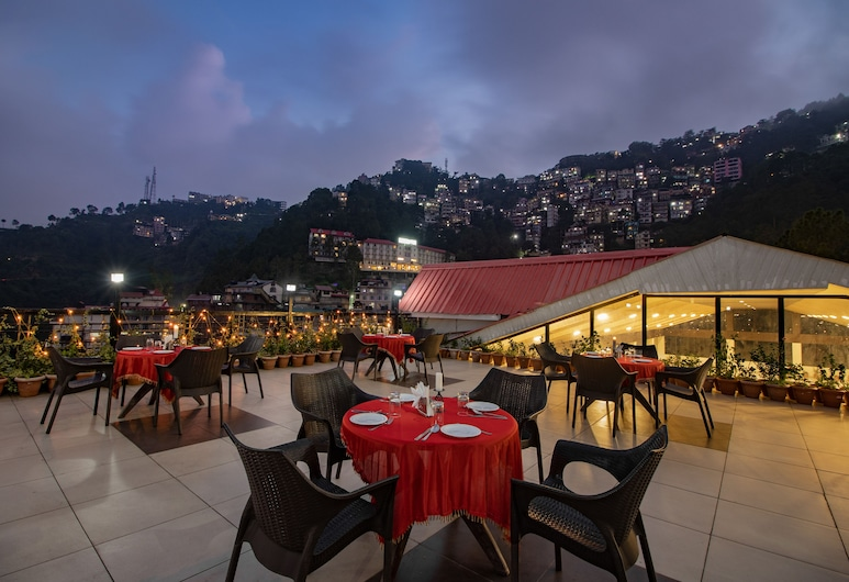 Snow Valley Resorts, Shimla, Restaurang utomhus
