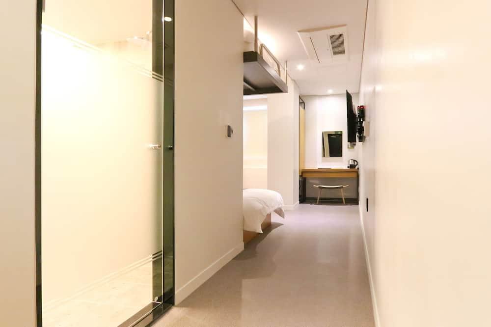 Business Twin Room - Ruang Tamu