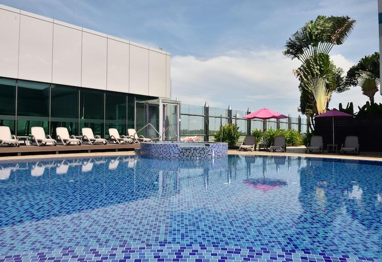 Aerotel Transit Hotel, Terminal 1, Singapore, Outdoor Pool