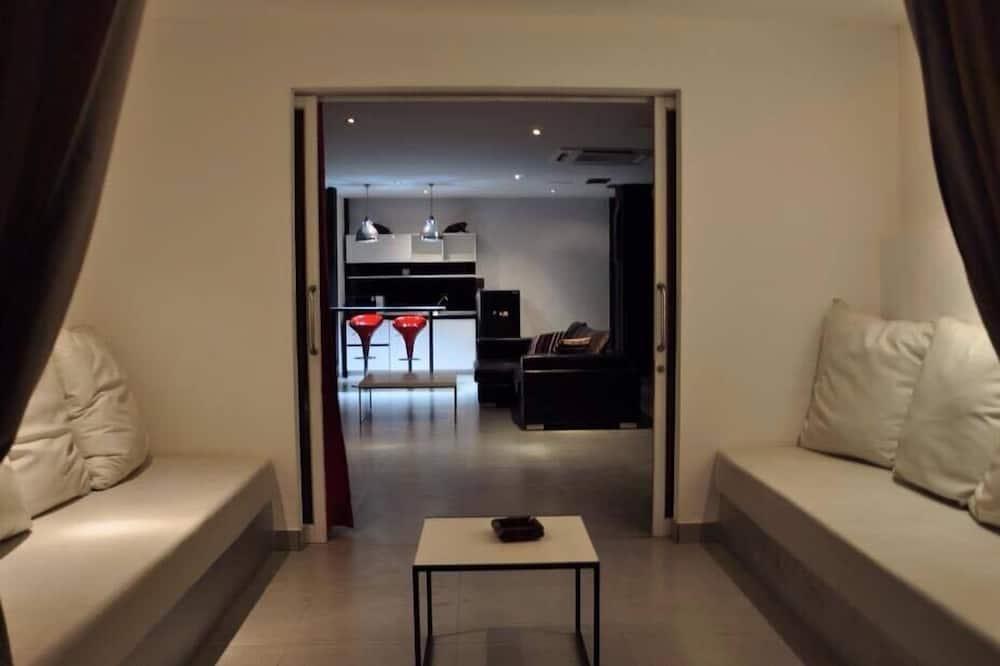 Deluxe Studio - Room