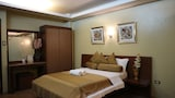 Reserve this hotel in Los Banos, Philippines