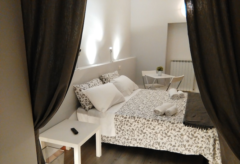 Villa Borghese Guest House, Rome, Superior Suite, 1 Bedroom, Guest Room