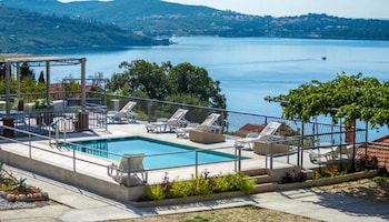 Enter your dates to get the Zupa dubrovacka hotel deal