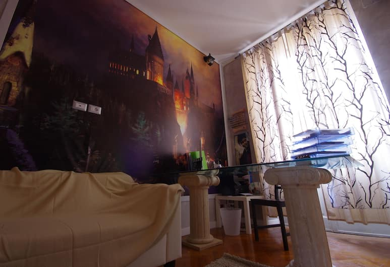 Movie Guesthouse, Rome, Reception