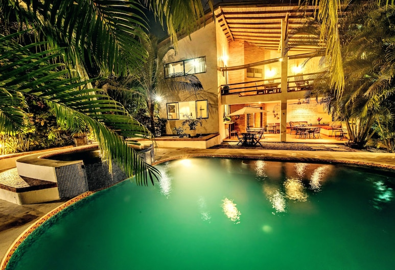 Atrapasuenos (Dreamcatcher) Hotel, Cobano, Pool